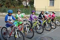 Ze 14. ročníku cyklistického závodu Prevencí proti nehodám v Dolních Počernicích.
