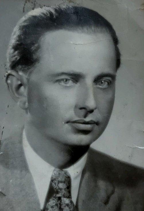 František Jaroš.