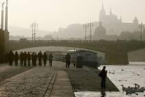Čechův most v Praze.