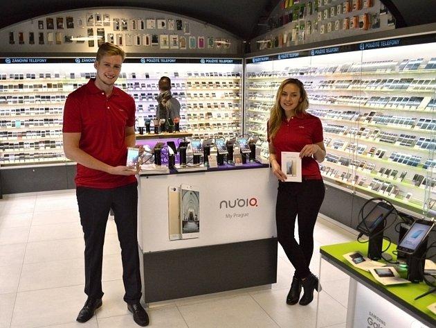 Z prodejny Mobil Pohotovost na Novém Smíchově v Praze.