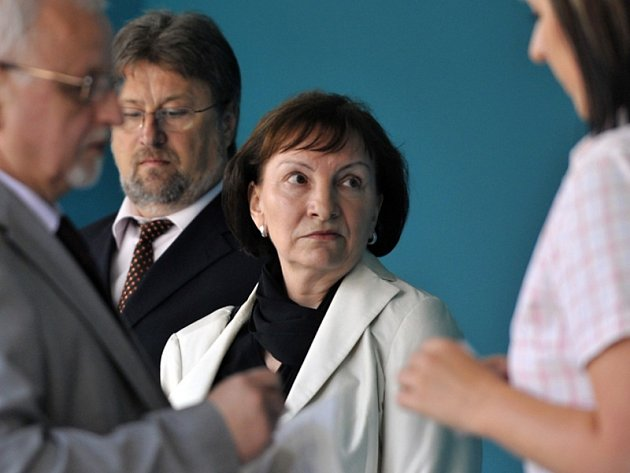 Zakladatelka soukromé Metropolitní univerzity Praha Anna Benešová na začátku soudního procesu v létě roku 2010.