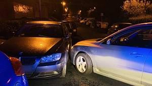 Policistům ujížděl řidič se třemi zákazy řízení, pod vlivem alkoholu a drog.