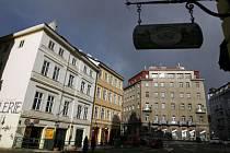 CHYBÍ HLAVNĚ MALÉ KRÁMKY. To asi nejvíce tíží obyvatele Prahy 1./Ilustrační foto.