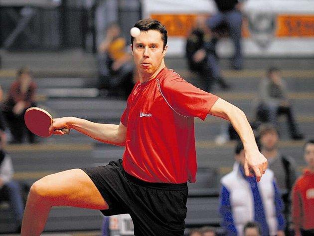 Bělorus Vladimír Samsonov je jedním z mála evropských hráčů, který dokáže konkurovat asijskému umění stolního tenisu.