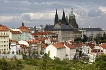 NAPOPRVÉ TO STAČÍ. Proč by se ale měli turisté do Prahy vracet?
