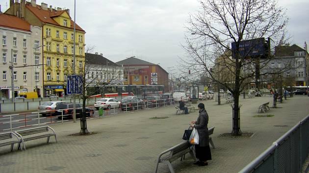 Nádraží Praha-Libeň bude o něco hezčí. Přibude tu 15 stromů