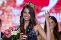 Královnou krásy neslyšících se v Praze stala Ukrajinka Bilanová.