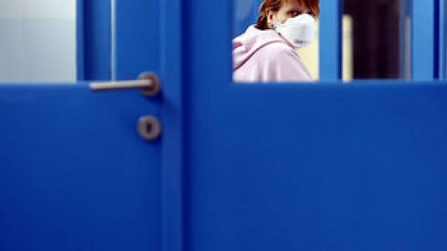 NÁKAZA SE ŠÍŘÍ. Epidemie to zatím není, ale zvýšená hygiena není nikdy na škodu./ilustrační foto