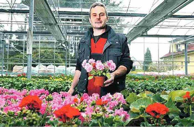 Jan Diviš se snaží své zahradnictví neustále rozšiřovat.