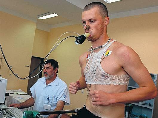 POSILA. Pavel Besta přestoupil z Ostravy na Žižkov. Pražané si hned včera otestovali jeho kondici.