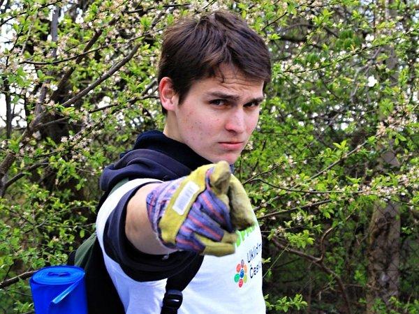 Organizátor úklidové akce Ukliďme si Počernice Ondřej Hrubeš.