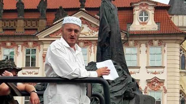 Martin Konvička při nedělní akci na Staroměstském náměstí