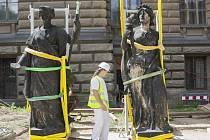 Rekonstrukce soch Národního muzea