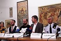 V Museu Kampa se dva dny po požáru technické místnosti konala tisková konference k jeho následkům.