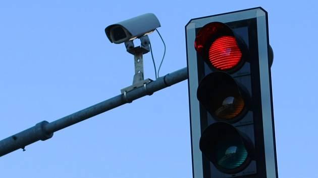 V Náměšti bude zpomalovací semafor, radar ne. Zatím