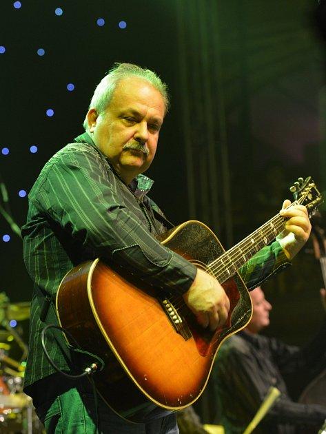Medard Konopík, kytarista skupin Greenhorns a Tučňáci.