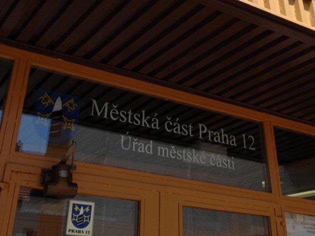 Úřad městské části Praha 12. Ilustrační foto.
