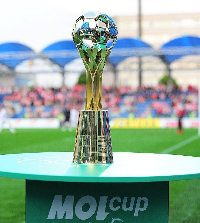 Fotbalové utkání finále MOL Cupu mezi celky SK Slavia Praha a FK Jablonec 9. května v Mladé Boleslavi. Pohár pro vítěze.
