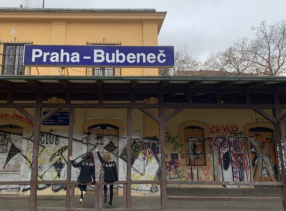 Opuštěné nádraží Praha-Bubeneč.
