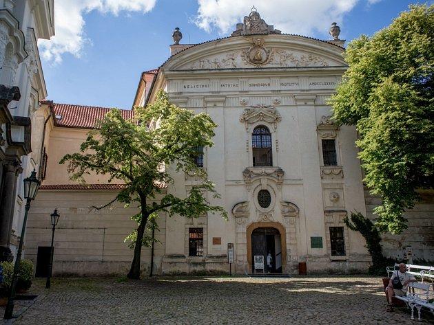 Nádvoří Sázavského kláštera.