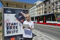 Tramvajová zastávka s Wi-fi.
