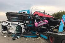 Na Pražském okruhu nehoda dvou kamionů zablokovala provoz.