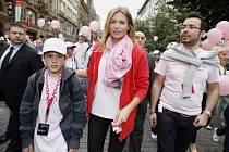 Již poosmé odstartoval 14. června 2008 v Praze Avon Pochod proti rakovině prsu. Na snímku Daniela Peštová.
