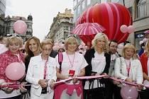 Již poosmé odstartoval 14. června 2008 v Praze Avon Pochod proti rakovině prsu.