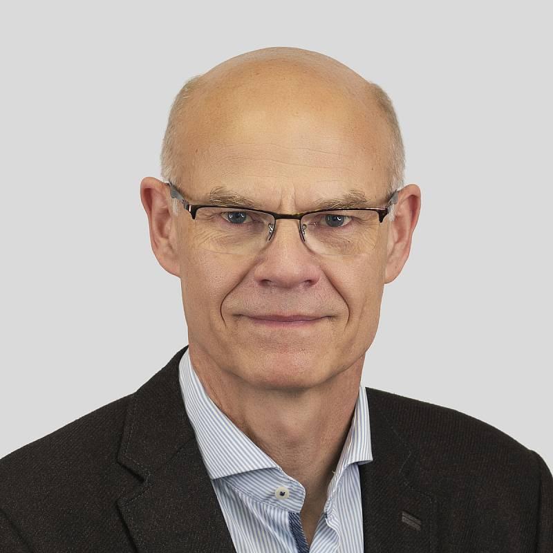 Ing. Roman Bělor, 63 let, ředitel festivalu Pražské jaro, Piráti+STAN.