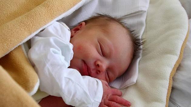 Zdeňka Šafaříková 17.11.2010, 48cm, 2660g Nemocnice Na Bulovce