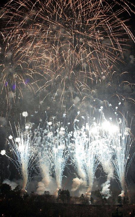 Novoroční ohňostroj v Praze 1.ledna