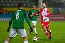 Zápas 15. kola první fotbalové ligy mezi týmy FK Jablonec a SK Slavia Praha se odehrál 27. listopadu na stadionu Střelnice v Jablonci nad Nisou. Na snímku je Josef Hušbauer (10).