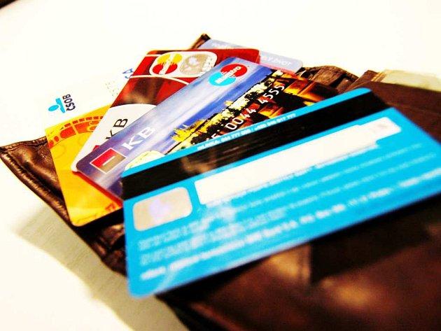 Platební karty. Ilustrační foto.