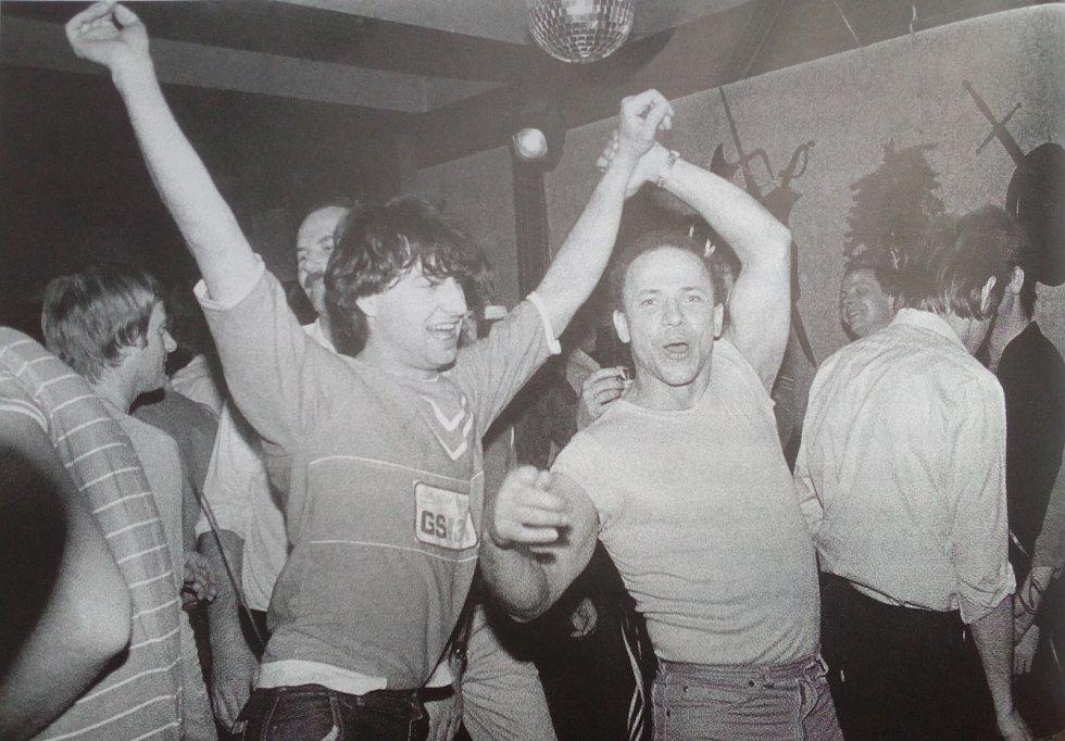 Interiér T-klubu v Praze v roce 1983.
