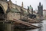Nově zrekonstruované ledolamy u Karlova mostu 12. listopadu 2019 v Praze.