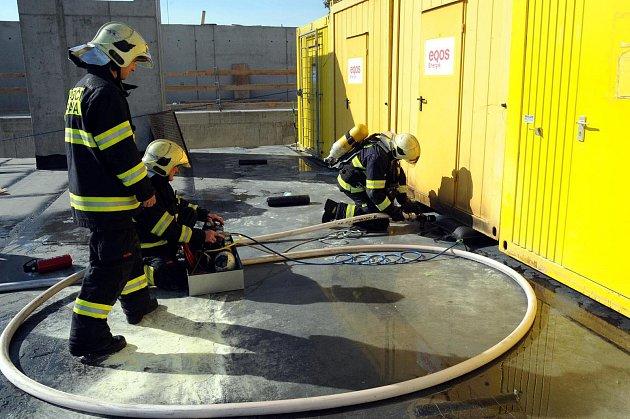 Požár stavební buňky