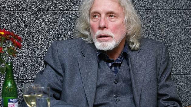 Do pomyslné síně slávy festivalu vstoupil dramaturg, scenárista, herec, pedagog Petr Oslzlý