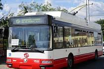 Pražský dopravní podnik má vlastní trolejbus, 15 let starý 24Tr koupil z Plzně.
