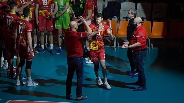 Petr Špulák nastupuje do utkání s Ankarou.