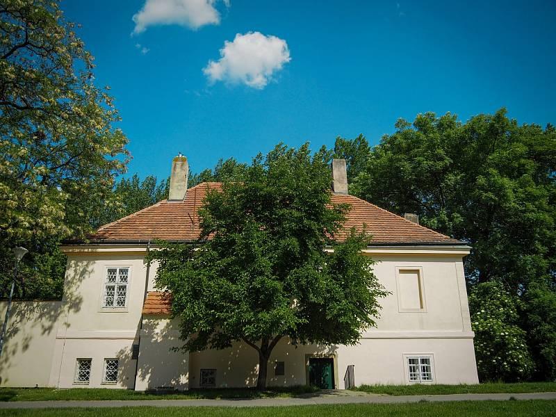 Rybářský domek na pražské Kampě má zapůjčený Skautský institut.