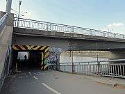 Současný stav Hlávkova mostu v Praze.