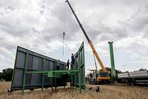 Odstranění billboardů firmy JCDecaux probíhalo 1. srpna 2019 na Lipské ulici ve směru na pražské letiště.