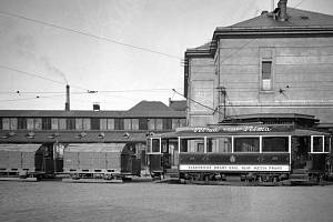 Během první světové války jezdily v Praze nákladní tramvaje.