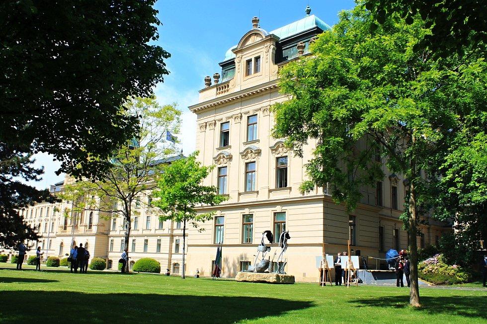 Zahrada Strakovy akademie projde rekonstrukcí.