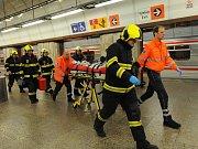 Pád muže do kolejiště ve stanici metra Florenc na trase B