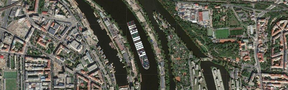 Kontejnerovou loď Ever Given, která téměř týden blokovala Suezský průplav, se podařilo uvolnit. Jaké místo by obří plavidlo zabralo u Holešovického přístavu?