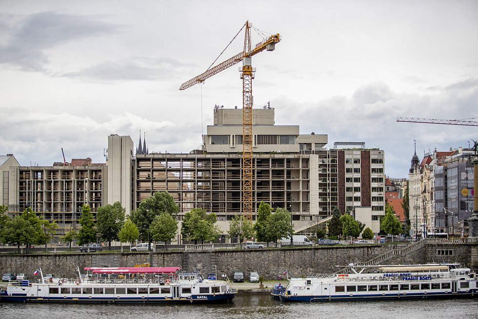 Rekonstrukce hotelu InterContinental 25. května 2021 v Praze.