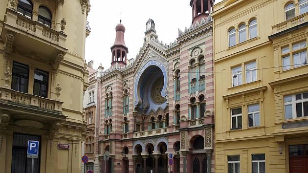 Jeruzalémská synagoga je největší a nejmladší synagoga v Praze. Byla postavena v letech 1905 až 1906 v maurském a secesním slohu, jako náhrada za Cikánovu, Velkodvorskou a Novou synagogu, které byly zbořeny během asanace pražského židovského ghetta.