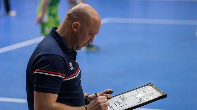 Tomáš Pomr během utkání s Duklou Liberec.