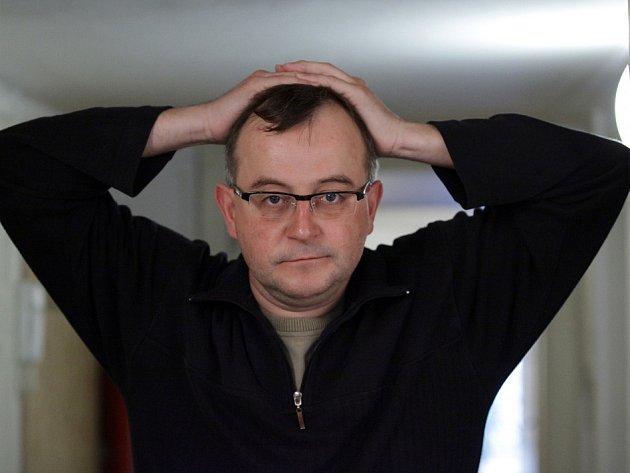 Herec a režisér Jakub Špalek.